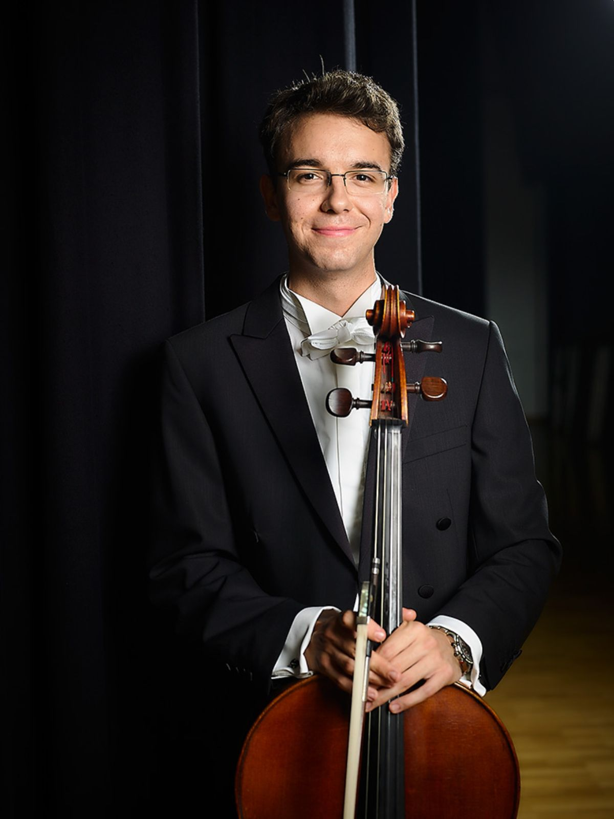 Malcolm Kraege, cello